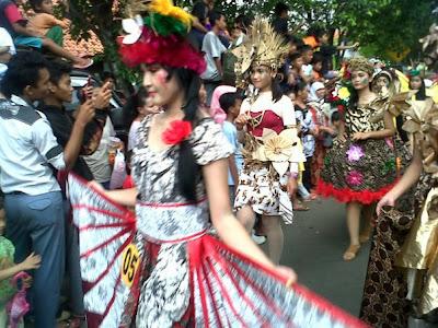 Koleksi Foto Karnaval Cewek Cantik Kab Batang Jawa Tengah Indonesia