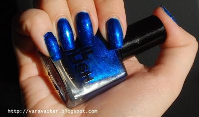 naglar, nails, nagellack, nail polish, blått, blue, blå måndag