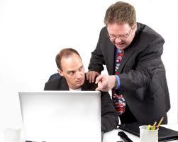 خمس أشياء ممنوع أن تقوليها لمديرك في العمل