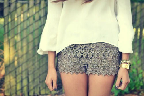 CHIC.CLASSY.CHEAP: DIY Tutorial: Tiered Lace Shorts from Men's Boxers