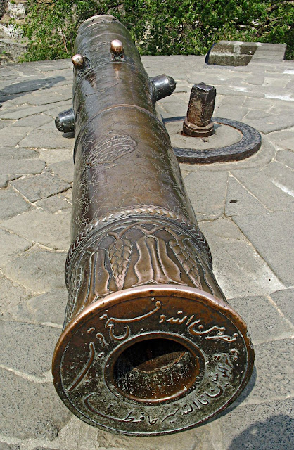 brass canon at daulatabad
