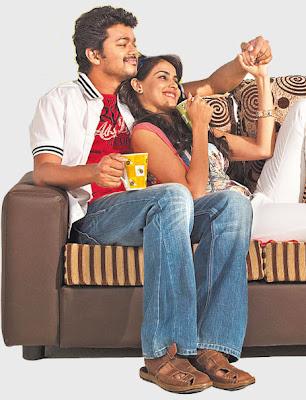 Picture of Vijay and Genelia from Velayudham Tamil Movie