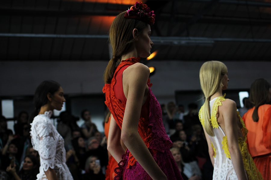 model details bora aksu london fashion week ss16