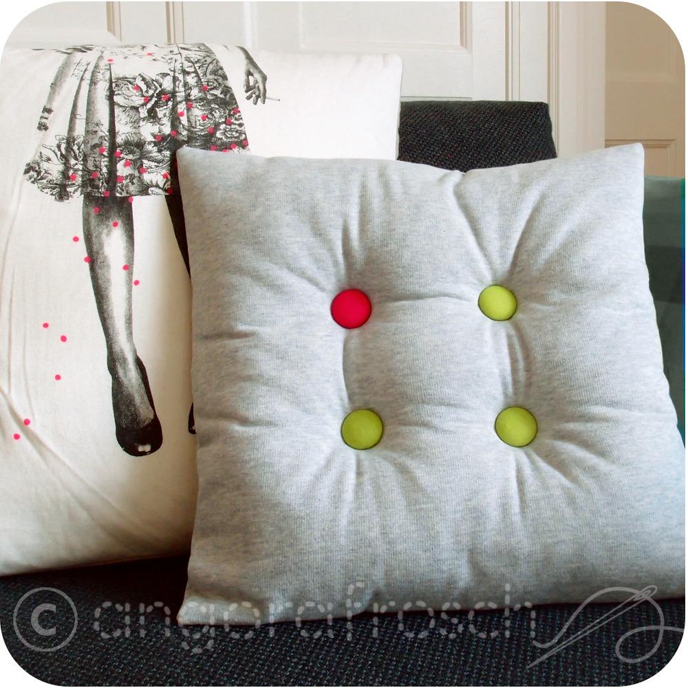 angorafrosch projekt das wohnzimmer braucht mehr farbe vol 3. Black Bedroom Furniture Sets. Home Design Ideas