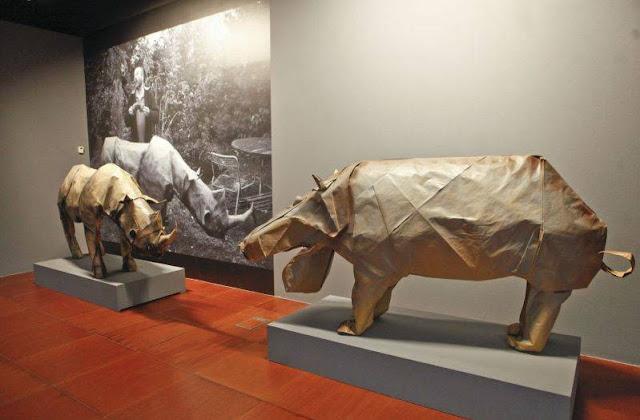 Rinocerontes de papel