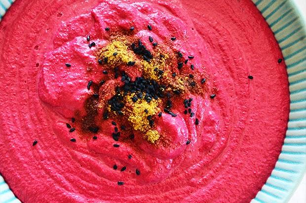 Red Beet Hummus Dip - shewandersshefinds.com