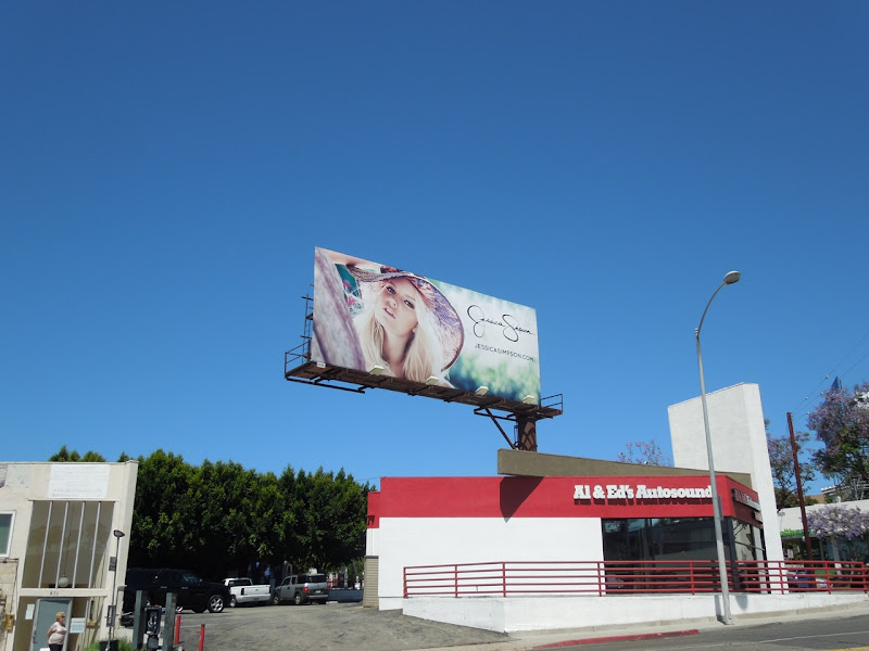 Jessica Simpson summer hat billboard