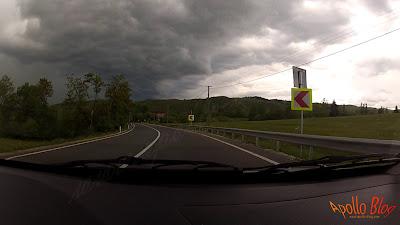 Furtuna in masina
