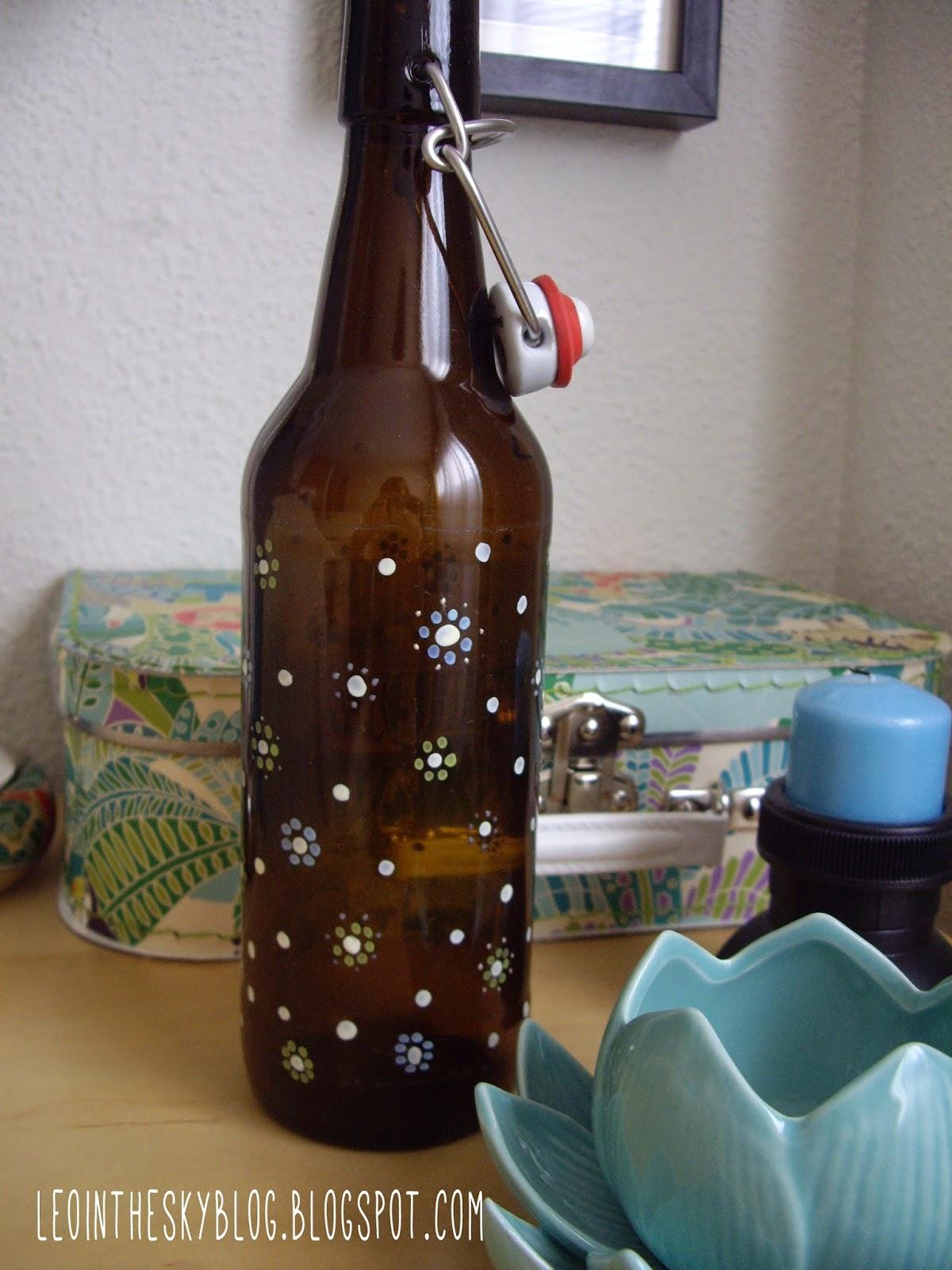 Leo in the sky diy botella de cerveza decorada for Ideas para decorar botellas