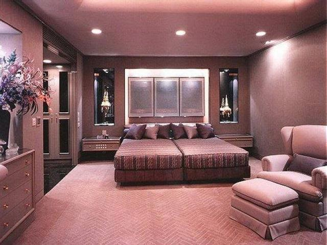 Best wall paint colors for bedroom for Nice colors to paint a bedroom