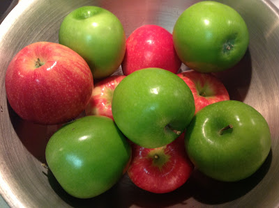 Granny smith and honeycrisp apples