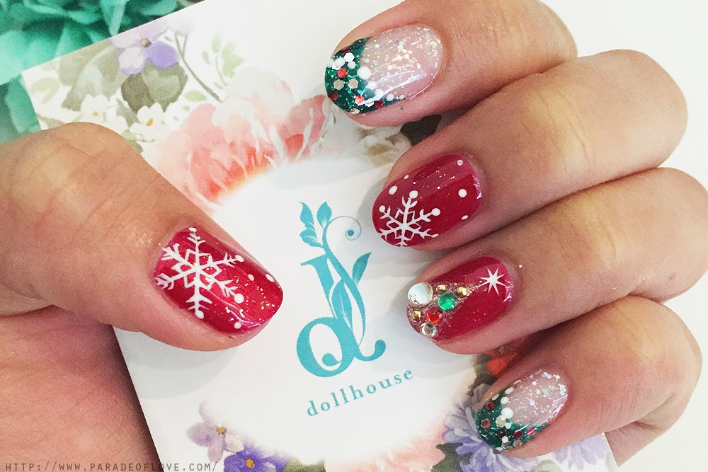 Dollhouse Nails: Christmas Manicure