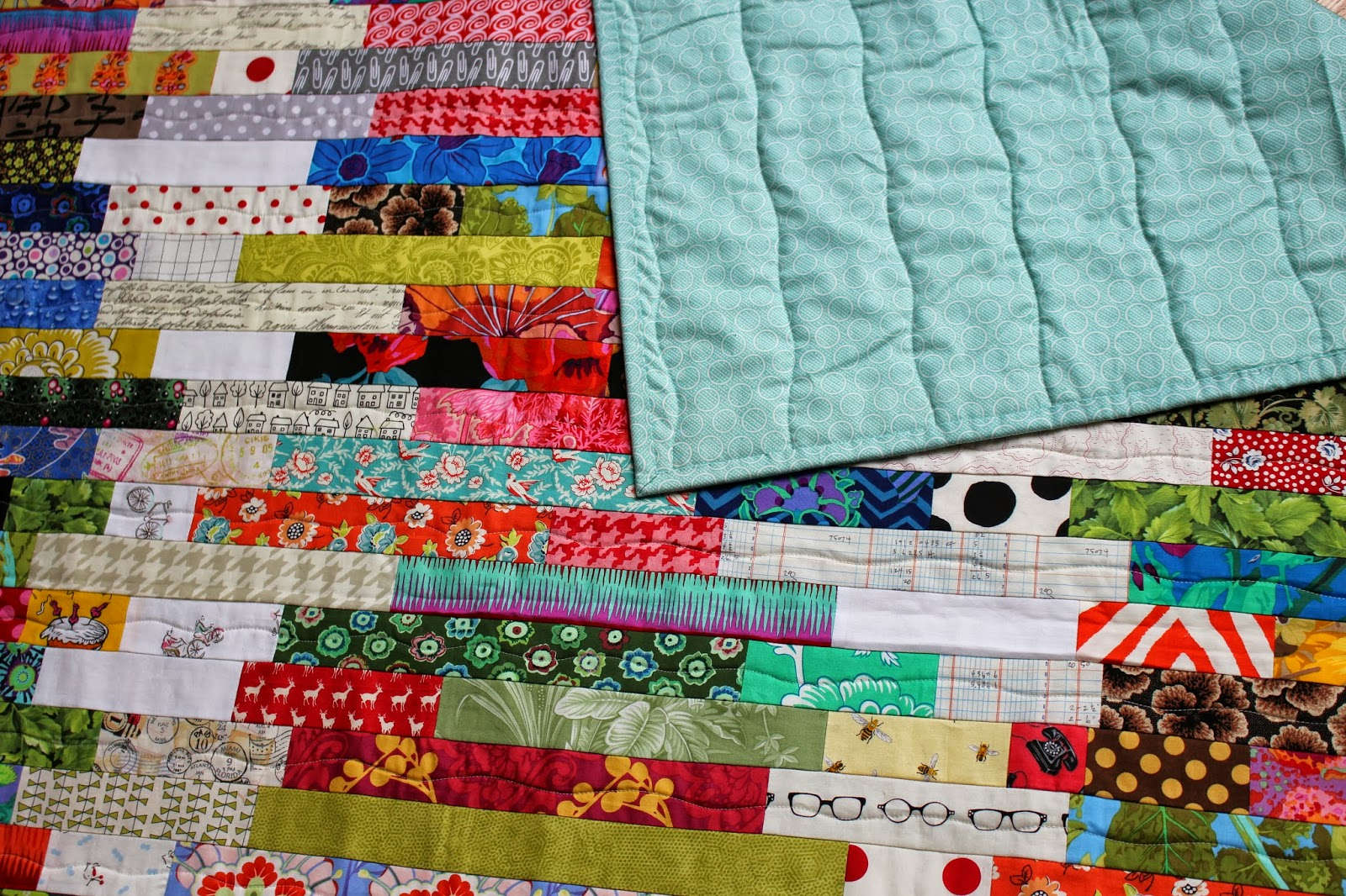 Quilt Patterns For Wedding Gifts : Selvage Blog: Wedding Gift Quilt is Presented!