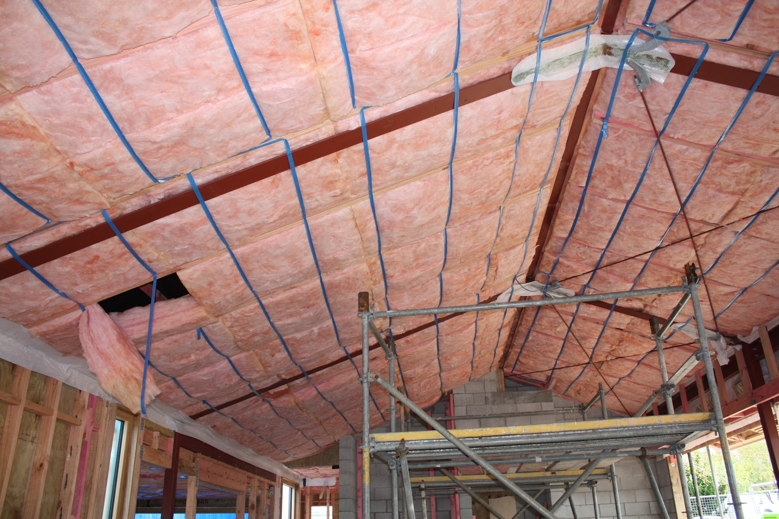 Pink Batts Skillion Roof Insulation - 12.300 About Roof