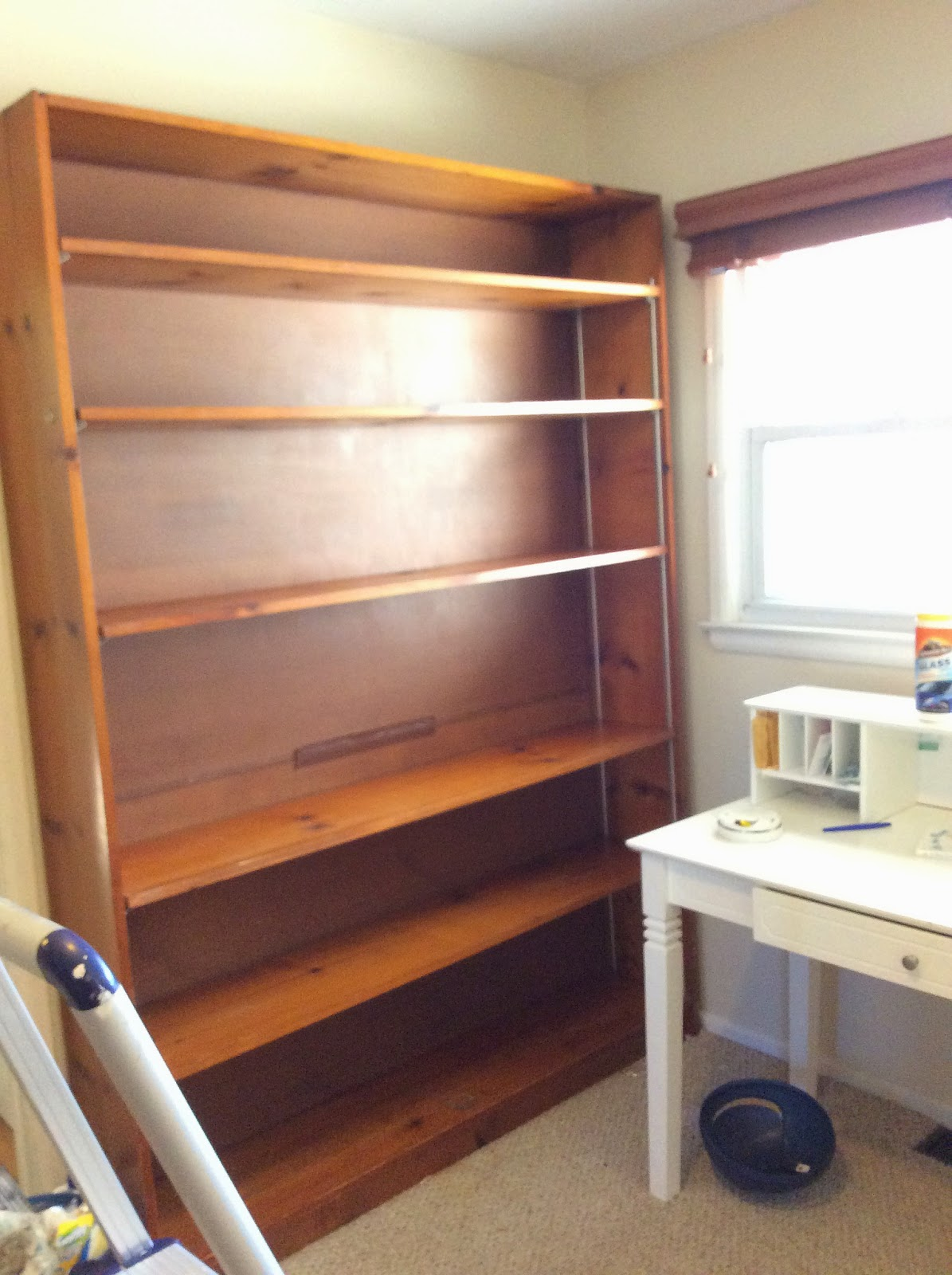 painting wooden shelves
