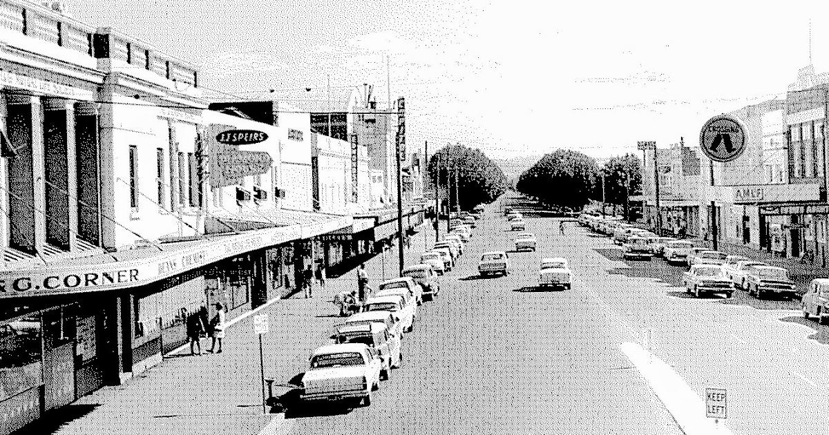 Memories of Wagga Wagga: Gurwood Street : the Paris end of Wagga