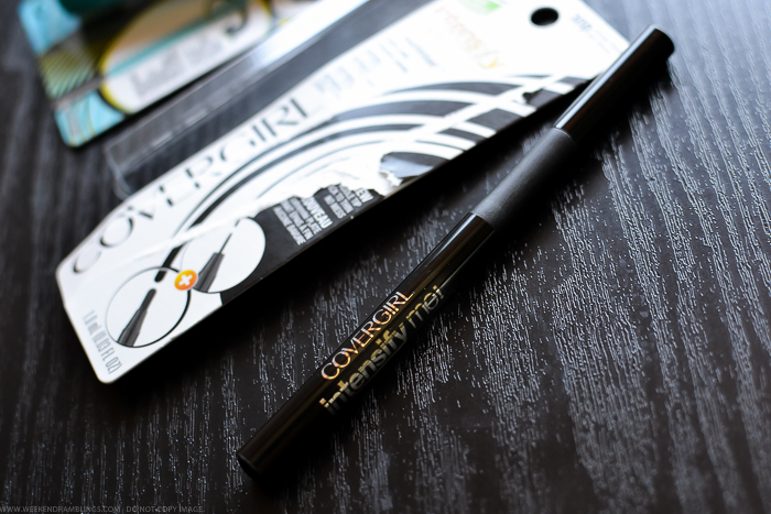 Covergirl Intensify Me by Lashblast Liquid Black Eyeliner Review