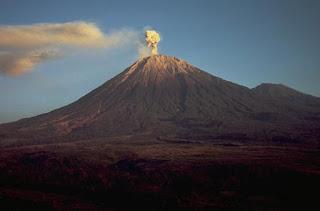 Wisata Gunung Semeru