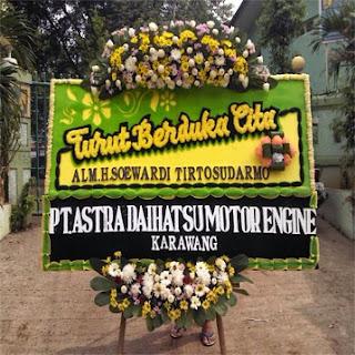 toko bunga cibubur bunga papan duka cita