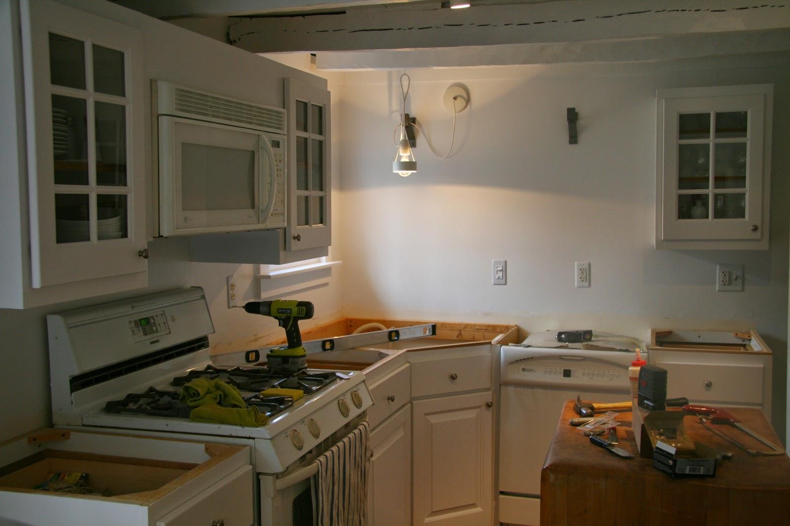 leveling kitchen cabinets