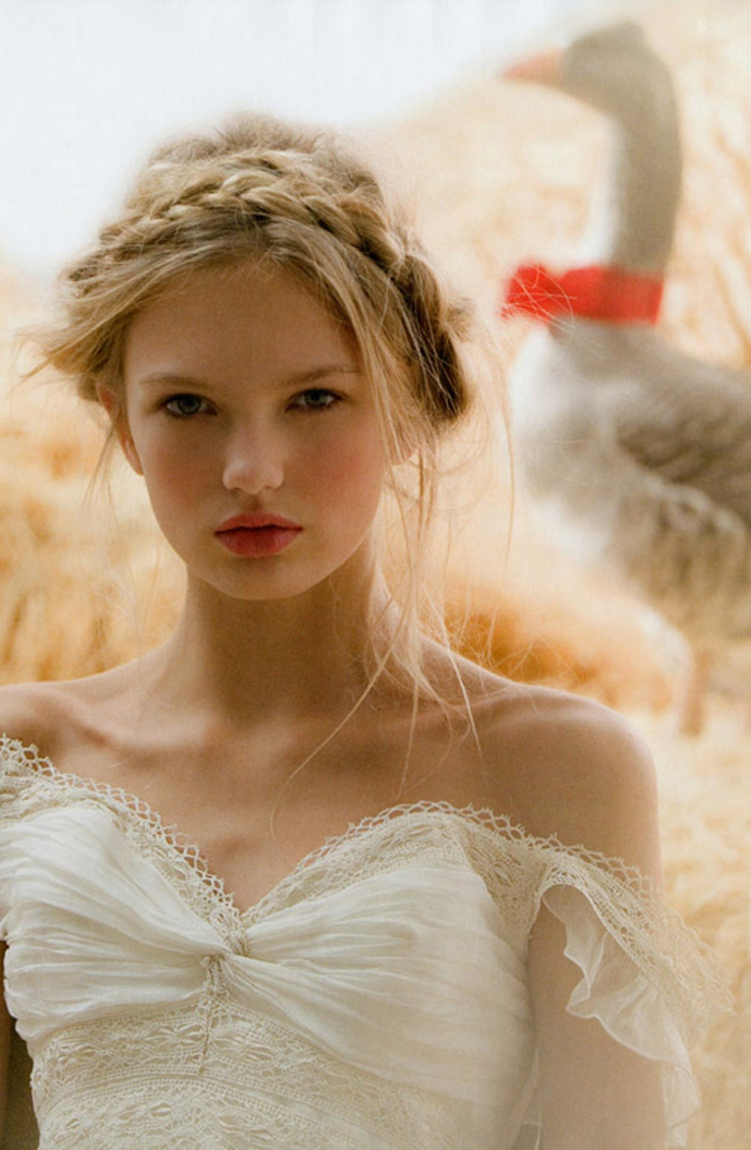 Romee Strijd in The age of innocence / Vogue Novias Spring/Summer 2010 (photography: Stefania Paparelli)