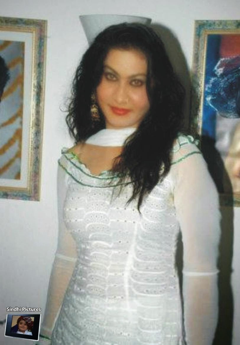 Nighat Naz Home Pictures