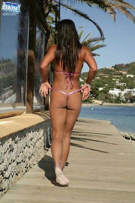 Bikini-Dare_Georgina_27_4