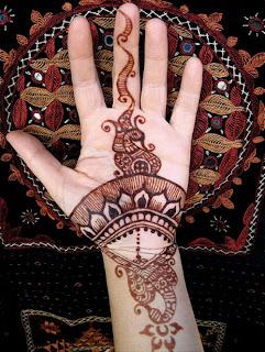 Arabis Mehndi Design