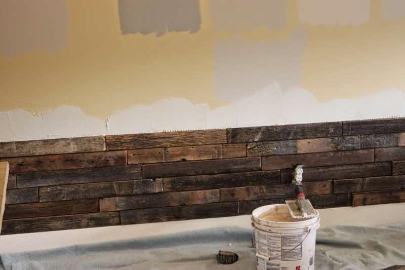 Instrucciones para revestir la pared - Forrar pared con palets ...