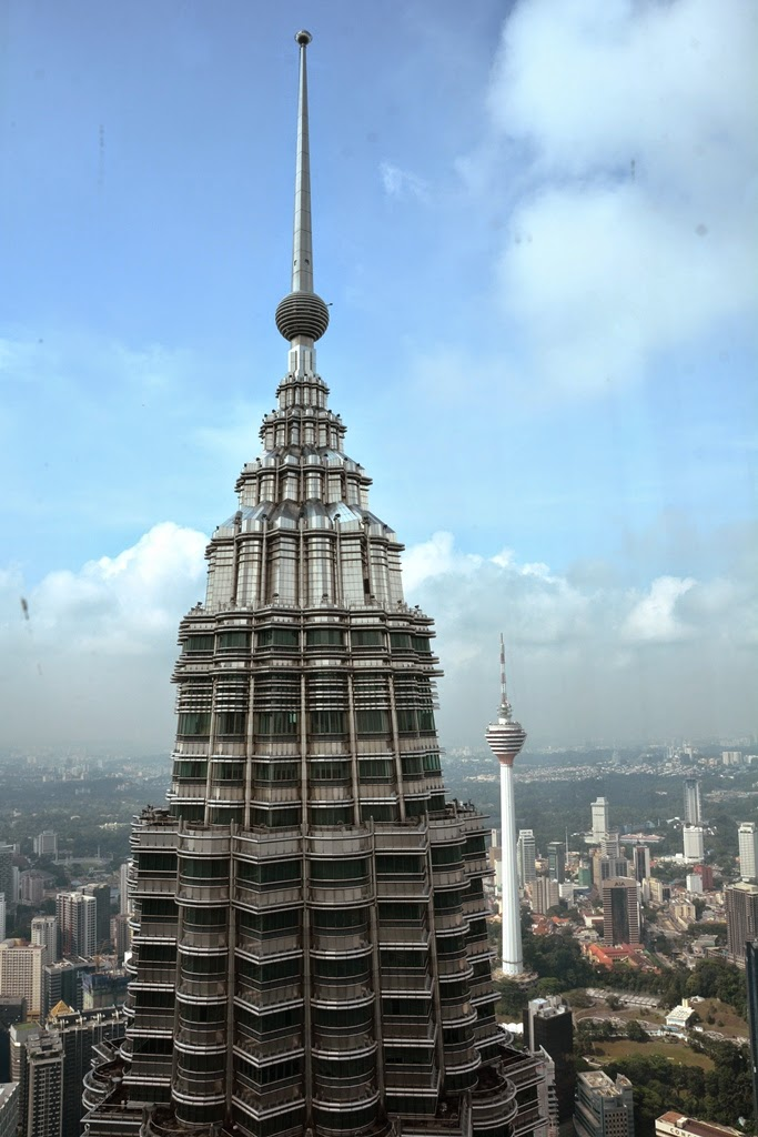 Petronas Towers Kuala Lumpur top