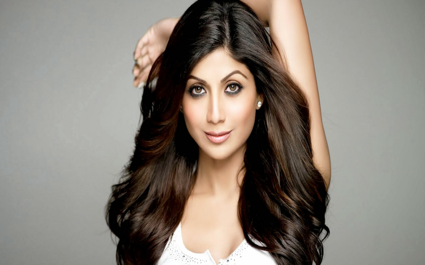 SHILPA SHETTY_WALLSTOWN_IN_BOLLYWOOD ACTRESS