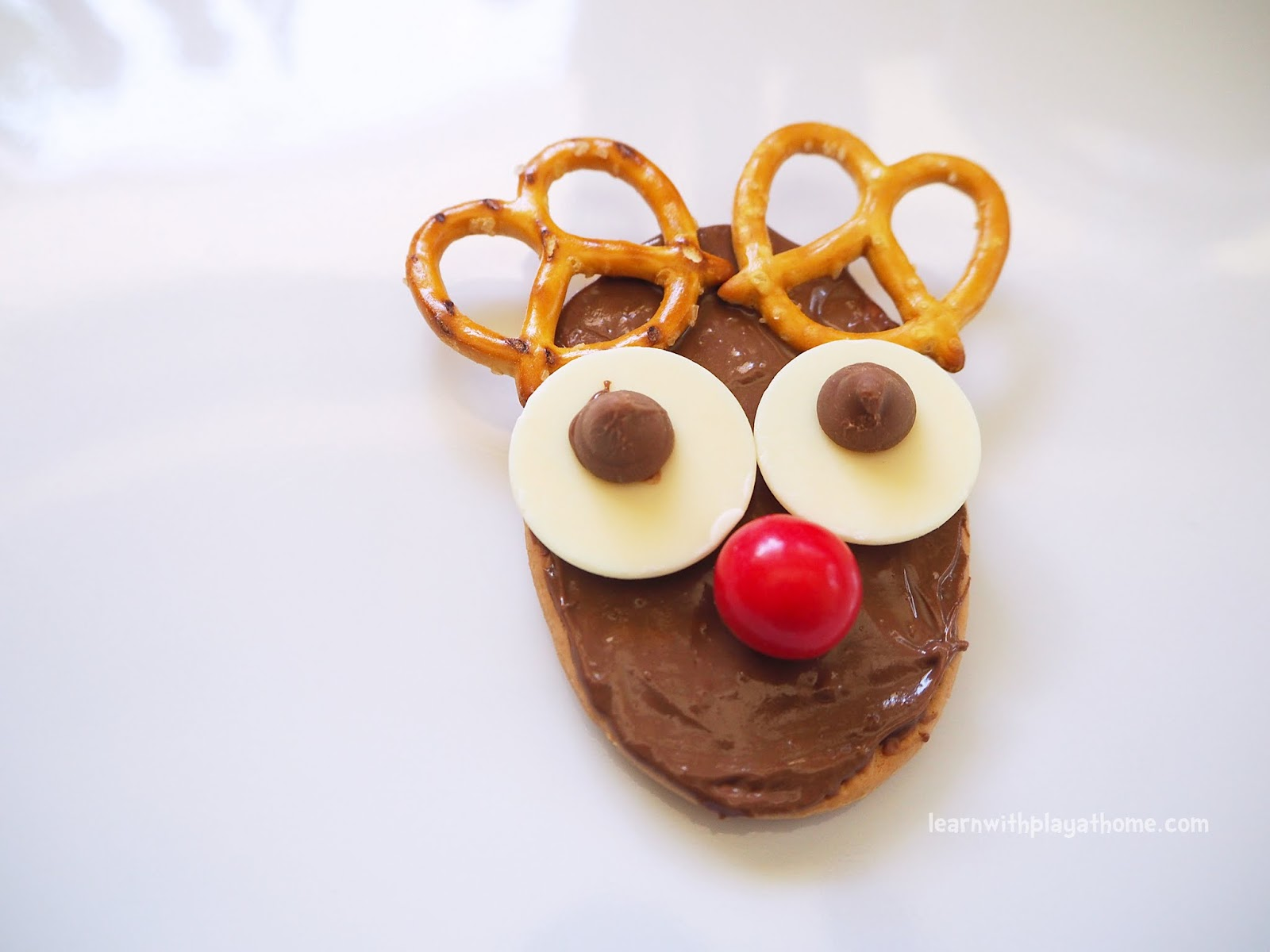 Learn with Play at Home: No Bake Reindeer Cookies. Fun Christmas ...