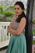 Rashi Khanna latest glam photo shoot-thumbnail-8