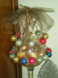 Vintage Mistletoe Holder