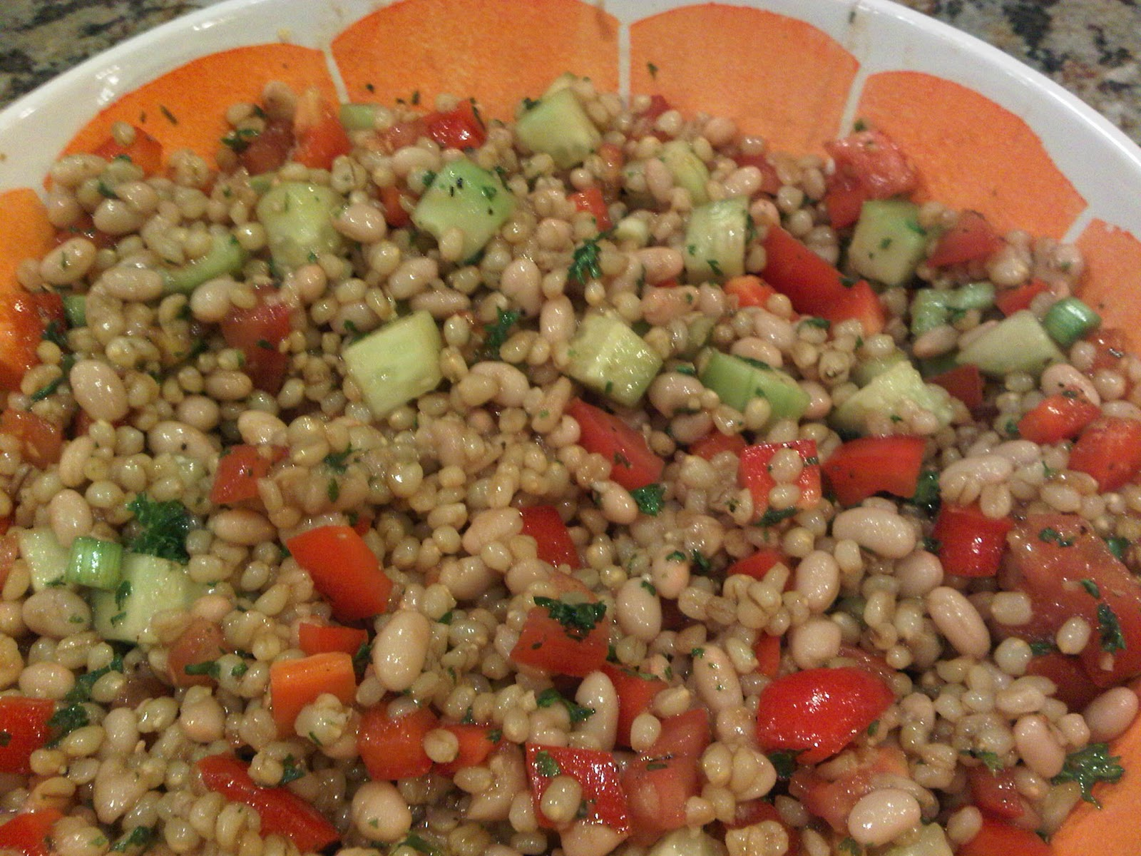 Back On Track Wheat Berry and Bean Salad Serving: Salad Ingredients :