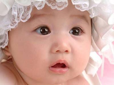 Bayi-Imut-tapi-Sedih