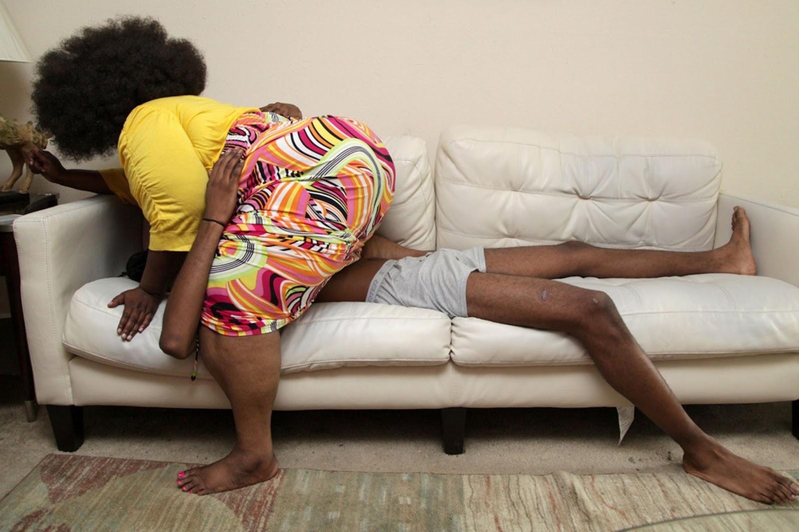 Семейный массаж стеснительных мужчин онлайн 3 фотография