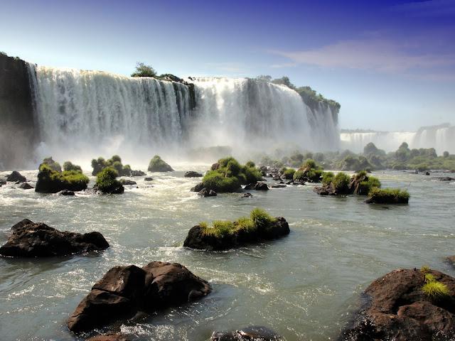 Animated Waterfall Desktop Wallpaper