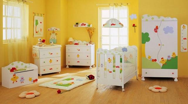 Mobiliario divertido y colorido para bebé