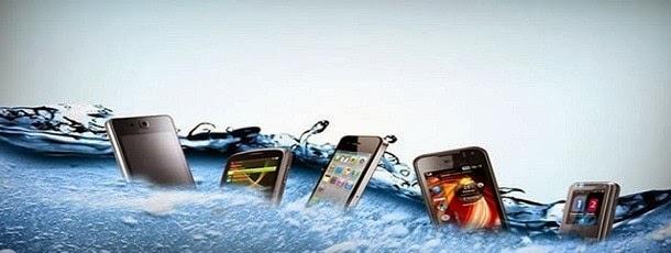 smartphone molhado