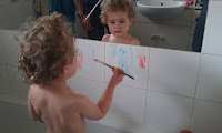 www.emmysmummy.com, shaving foam painting, bath paints, bathtime fun