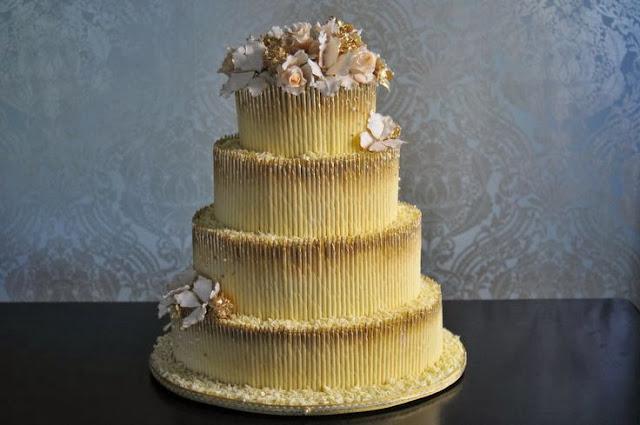 нетрадиционна сватбена торта