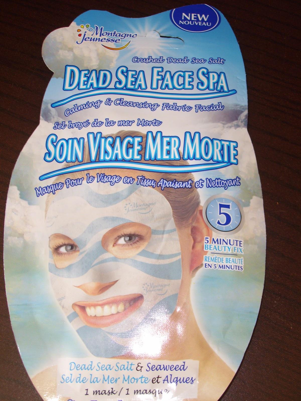 Un bon masque pour la personne dans le sauna
