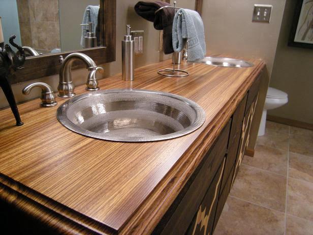 Comment choisir un mat riau comptoir de salle de bains for Peinturer un comptoir de salle de bain