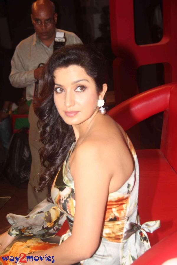 Tisca Chopra Hot Pics - 35+ - Malika - E Kitchen