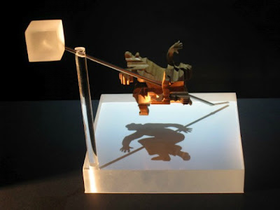 Shadow Sculptures Optical Illusion