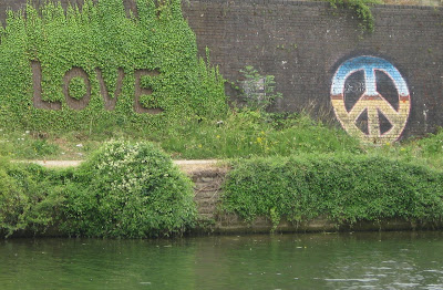 Topiary as graffiti