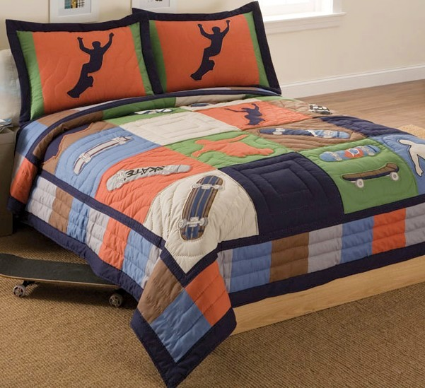 Skater and surfer bedding for teens