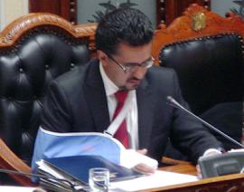 Sacha el ministro del Interior realizó grave acusación con ERBOL que fue retrucada luego