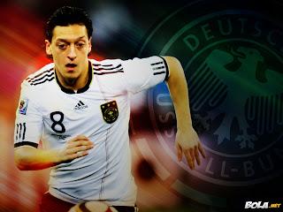Sports Super Star Mesut Ozil Wallpaper Images